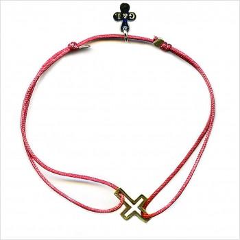 Bracelet croix évidée sur lien soyeux coulissant en plaqué or - Bijoux modernes - Gag and Lou - bijoux fantaisie