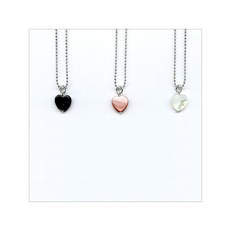 The pearly heart on silver chain