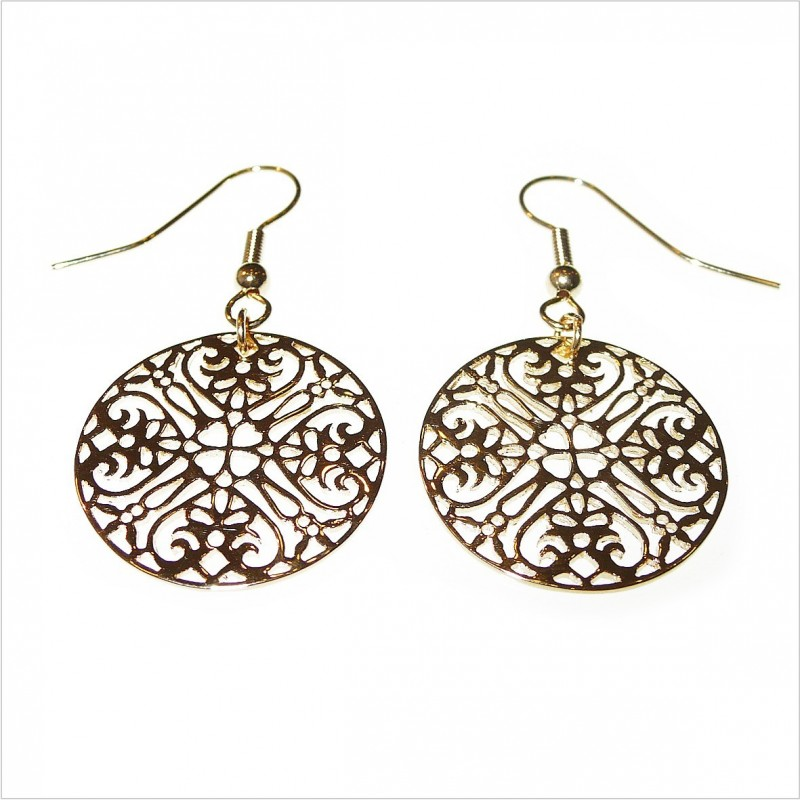 Lace earrings without chain