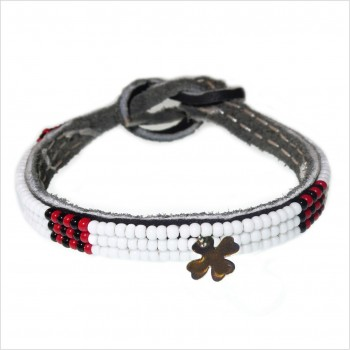 Masaï bracelet with clover mini charms