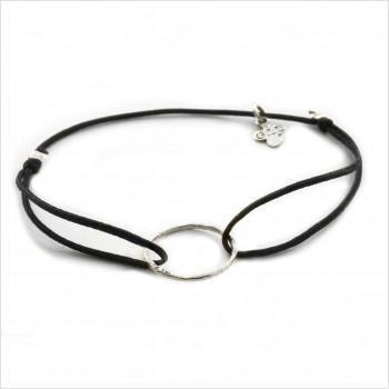 Bracelet anneau martelé 15 mm en argent sur lien soyeux ajustable - Bijoux fins et tendances