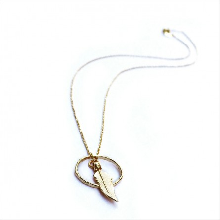 The minicharm feather in a ring necklace