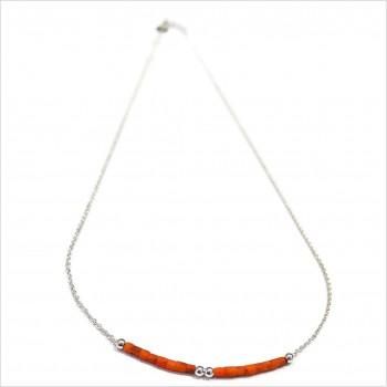 Collier Goa avec perles tubes rose saumon sur chaine argent - Bijoux modernes - Gag et Lou