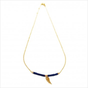 Collier Goa aile d'ange pendante avec perles tubes bleue sur chaine plaqué or - Bijoux modernes - Gag et Lou - bijoux fantaisie