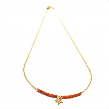 Collier Goa étoile pendante avec perles tubes rose saumon sur chaine plaqué or - Bijoux modernes - Gag et Lou - bijoux fantaisie