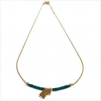 Collier Goa coiffe d'indien pendante avec perles tubes verte émeraude sur chaine plaqué or - Bijoux modernes - Gag et Lou