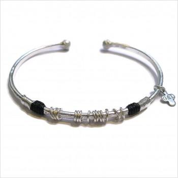 Jonc martelé ethnique en argent fil et couleur 15 anneaux - Bijoux originaux de créateurs