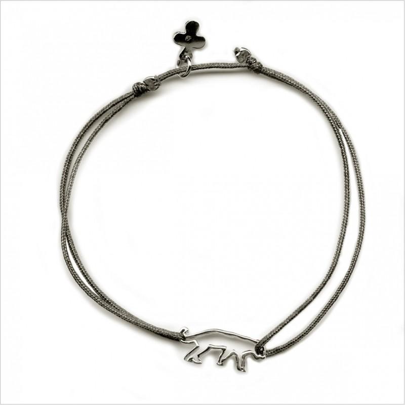The outlined panther sliding bracelet