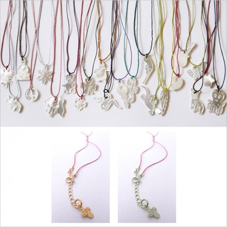 Silk thread necklace with oyster shell charm