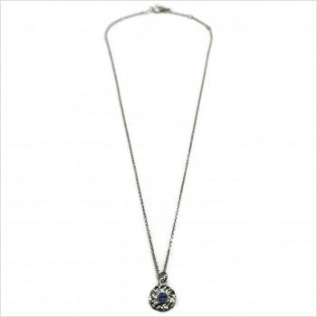 Collier sur chaine en argent médaille martelée pierre bleue saphir - Bijoux de créateur