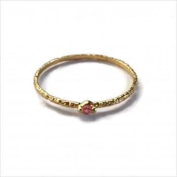 Bague fine martelée en plaqué or micro pierres fines rose - Bijoux fins et fantaisies