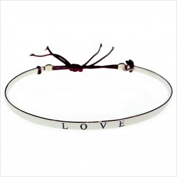Love flat knotted bangle