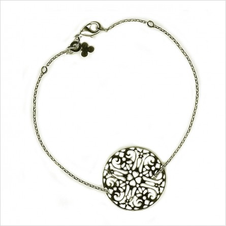 The 2 cm lace on chain
