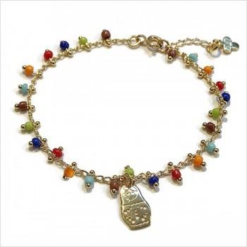 Bracelet en plaqué or sur chaine perlée multicolore et charms matrioshka - Bijoux fins et fantaisies