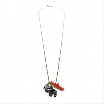 Collier Bora-Bora en argent et corail rouge, éléphant en nacre noir, lune martelée sur chaine - Bijoux modernes - gag et lou