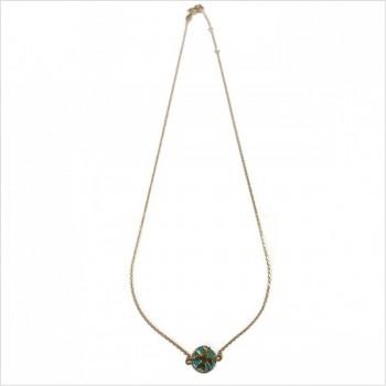 Collier émaillé sur chaine en plaqué or médaille trefle émeraude - Bijoux modernes - Gag et Lou - bijoux fantaisie