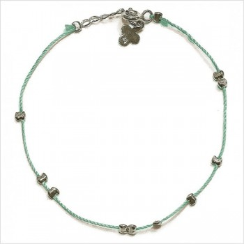 Bracelet fil de soie céladon et perles en argent - Bijoux fins et originaux