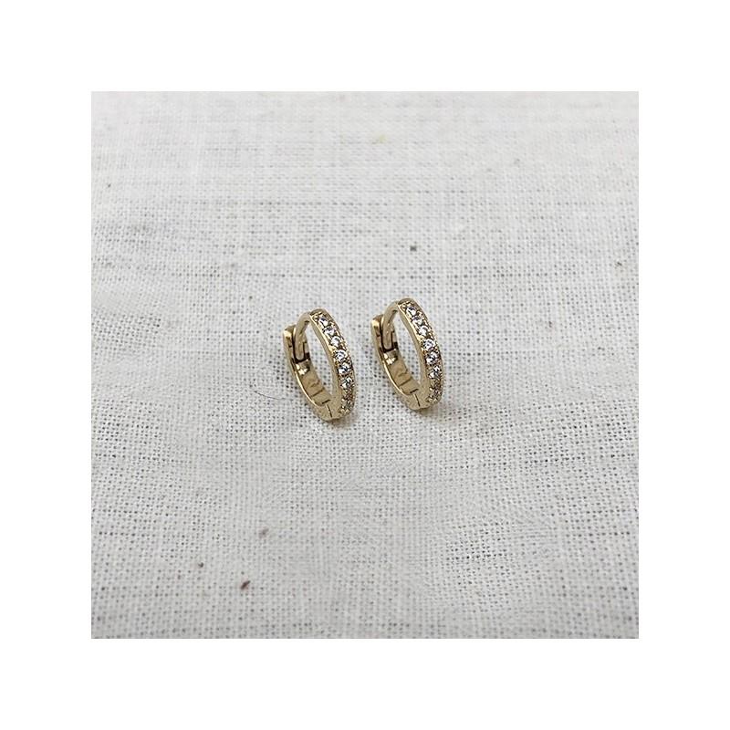 Minis boucles d'oreilles créoles serties de zirconium blanc en plaqué or - Bijoux fins et modernes