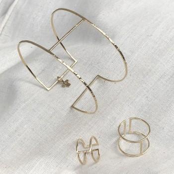 Bague manchette et bague de phalange en plaqué or martelée taille adaptable - Bijoux de créateur