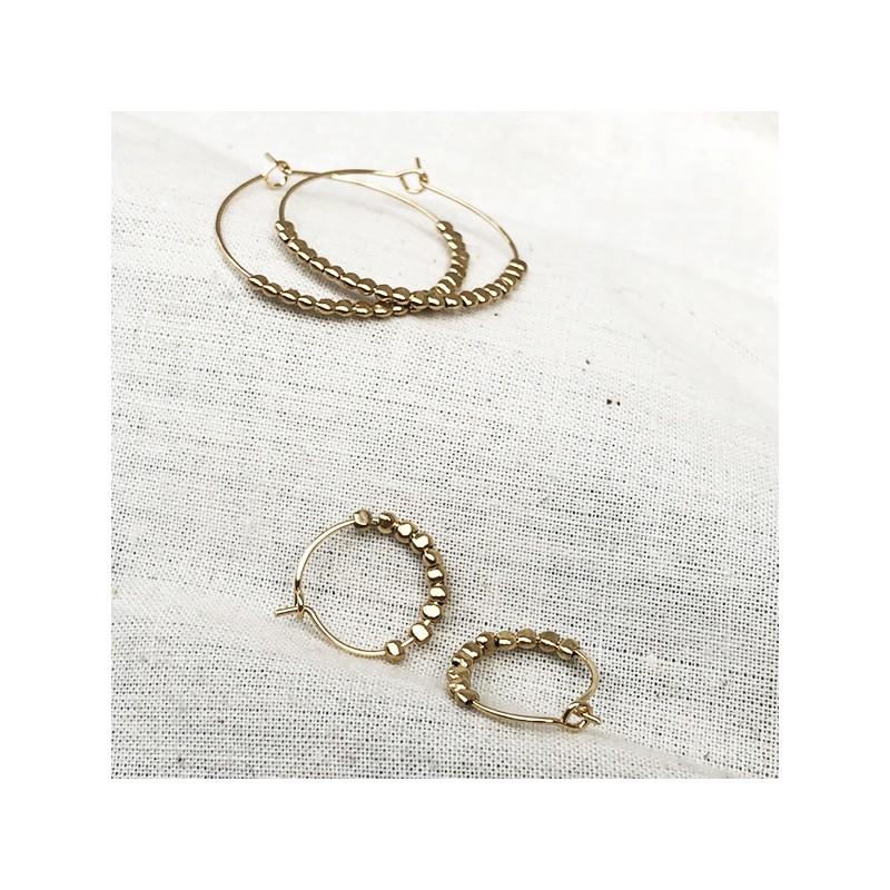 Créoles 15 mm en plaqué or avec perles à écraser - Bijoux fantaisie