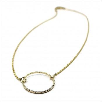 Collier anneau martelé 20 mm sur chaine en plaqué or - Bijoux modernes