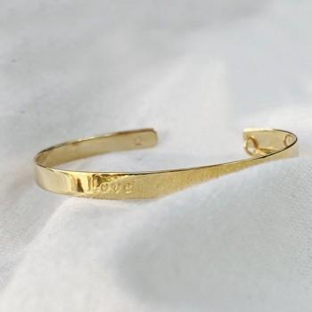 Jonc plat message love gravé en plaqué or - Bijoux tendances de créateur