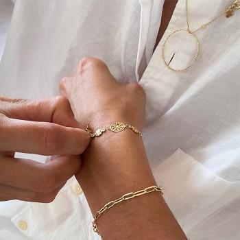 Bracelet sur chaine style ancien médailles fleuries plaqué or - Bijoux fins et fantaisies tendances