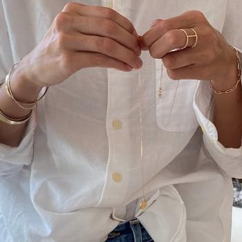 Bracelet Marie-Galante sur chaine de fins maillons allongés en plaqué or - Bijoux modernes - Gag et Lou - Bijoux fantaisie