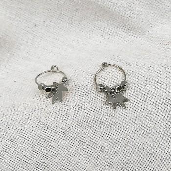 Créoles en argent avec perles facettées pendentif feuille - Bijoux modernes