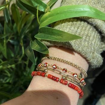 Bracelet ethnique perles corail assortis médaille martelée plaqué or - Bijoux originaux ethniques