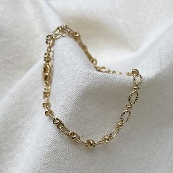 Bracelet Johana plaqué or à maillons irréguliers martelés - bijoux modernes - gag and lou - bijoux fantaisie