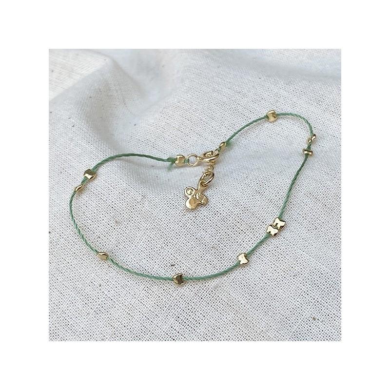 Bracelet fil de soie émeraude et perles en plaqué or - Bijoux délicat