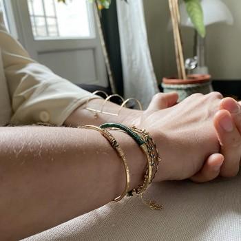 Jonc martelé ethnique en plaqué or fil d'or et couleur 15 anneaux - Bijoux originaux de créateurs