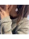 Créoles 25 mm en plaqué or perles d'eau douce nacrée irrégulières pendantes - Bijoux de créateur