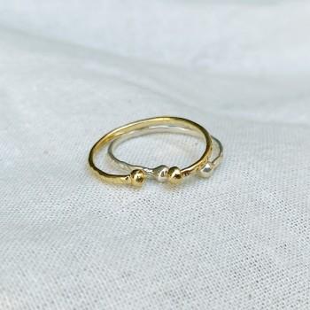 Bagues martelées deux boules extrémités ajustables en plaqué or ou en argent - Bijoux fins et intemporels