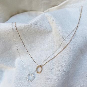Collier pendentifs 3 anneaux sur chaine en Plaqué or ou en Argent - Bijoux fins et fantaisies