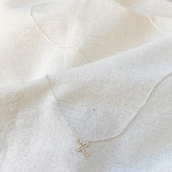Collier croix évidée sur chaine en argent - bijoux fantaisie