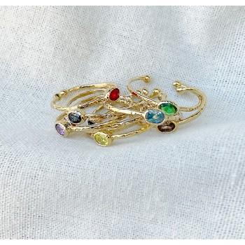 Bague en plaqué or martelée sertie d'une pierre de couleur - Bijoux fins et fantaisies