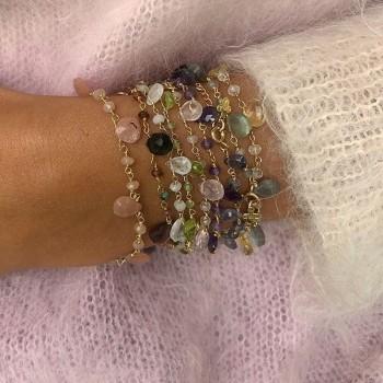 Bracelet plaqué or sur chaine de pierres fines colorées - Bijoux originaux tendances