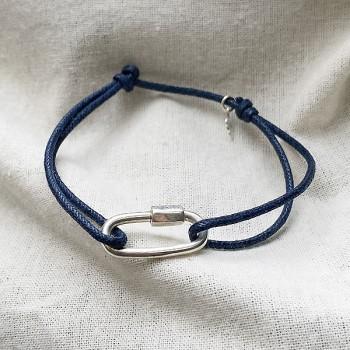Mousqueton en argent sur lien bleu marine ajustable - Bijoux de créateur