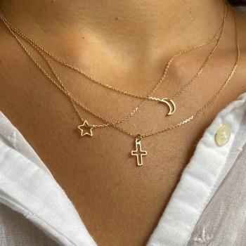 Collier croix évidée sur chaine en plaqué or -bijoux fins et fantaisies