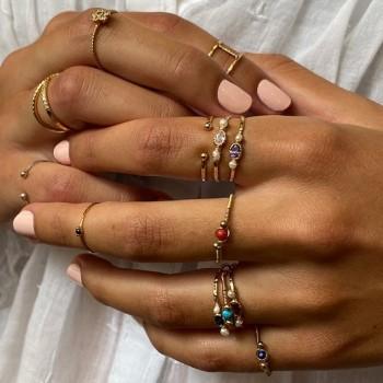 Bagues fil d'or ou d'argent  surmontée d'une pierre fine de couleur - Bijoux fins de créateur