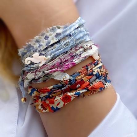 Bracelet en plaqué or et argent tissu liberty charms nacre - bijoux fantaisies et originaux