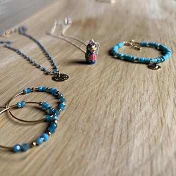Collier plaqué or sur chaine en turquoise et pièce de monnaie - Bijoux fins et fantaisies tendances