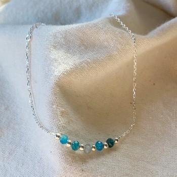 Bracelet sur chaine en argent pierres fines apatite et perles - Bijoux fins et intemporels