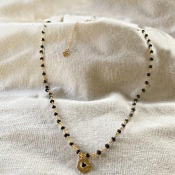 Collier sur chaine plaqué or et spinelle médaille martelée de couleur - Bijoux fins et fantaisies