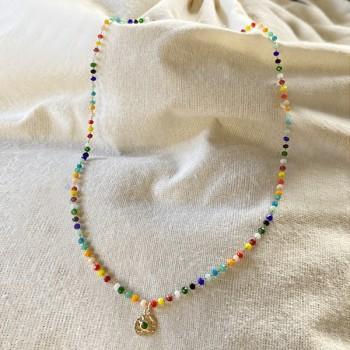 Collier sur chaine perlée multicolore avec médaille martelée ronde assortie - Bijoux fins et fantaisies