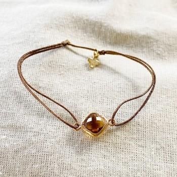 Bracelet coulissant pierre sertie plaqué or de couleur taupe sur lien - Bijoux fins et fantaisies