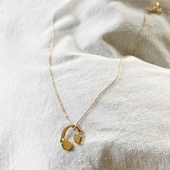 Collier pendentif en forme de casque audio sur chaine en argent - bijoux fins et fantaisies