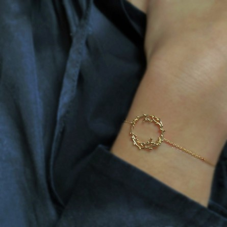 Bracelet chaine fine surmonté de son anneau feuille d'olivier - Bijoux fins et tendances